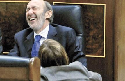 20110413131639-rubalcaba-crisis-gobierno.jpg